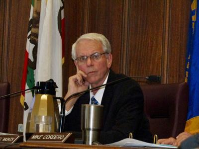 090418-council-meeting