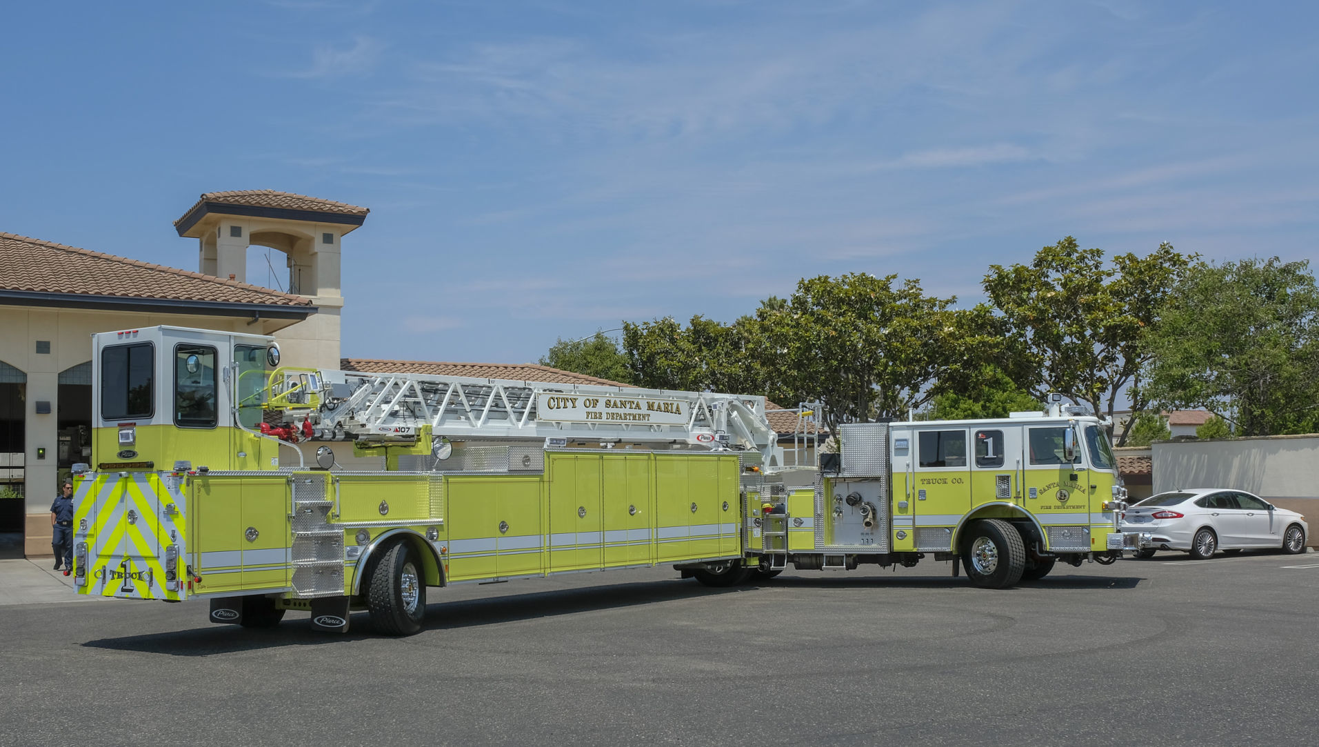 073018 Ladder Truck 01