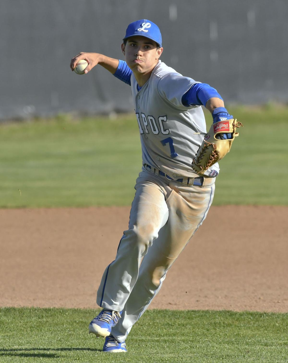 041718 Lompoc SY baseball 04.jpg