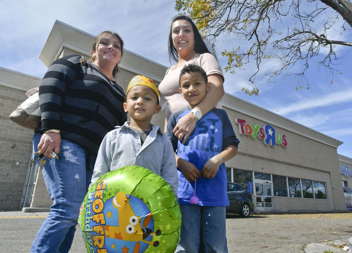 As santa maria toys r us faces closure local shoppers search for 031518 toys r us 01g spiritdancerdesigns Image collections
