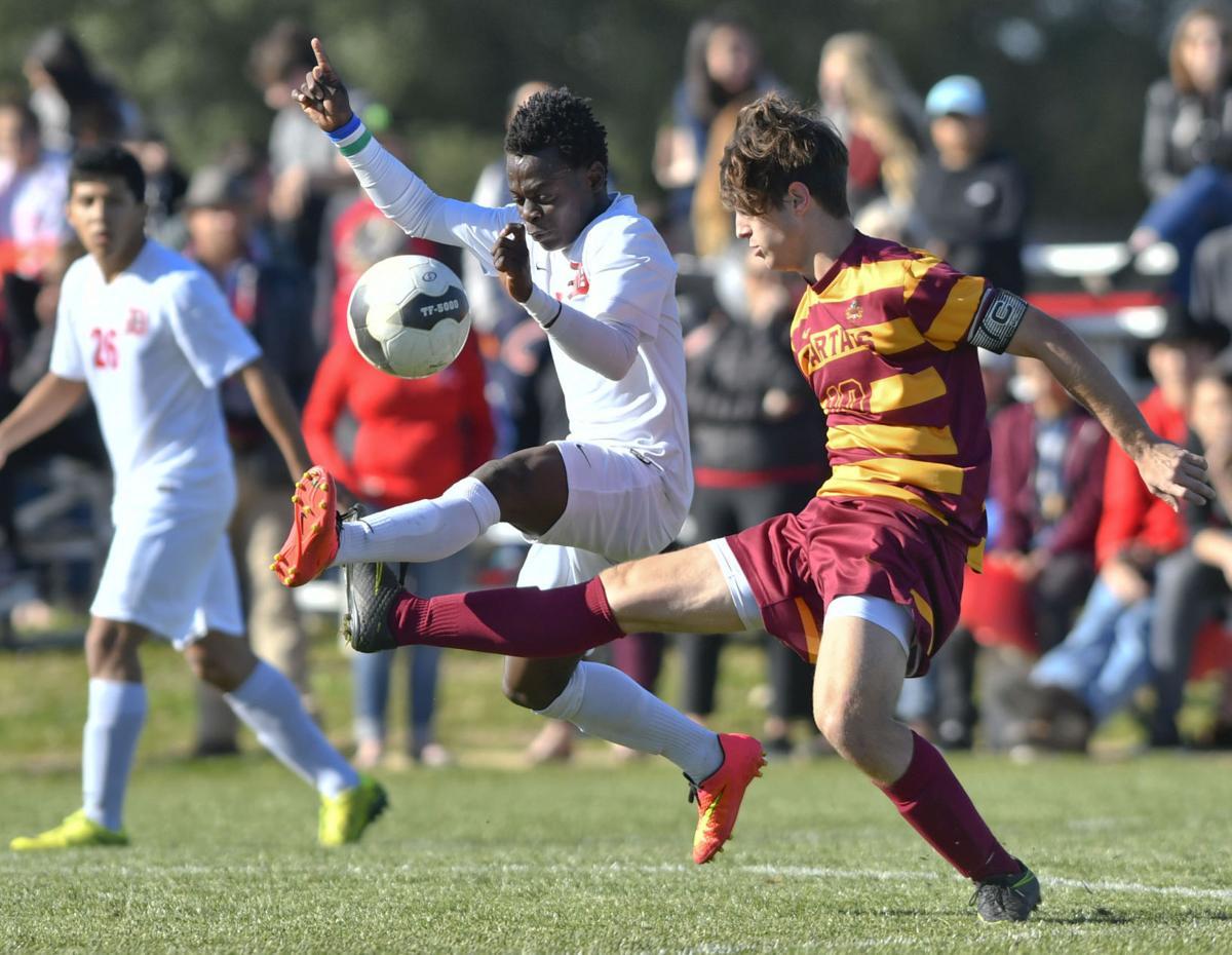022817 LC Dunn b soccer 01.jpg