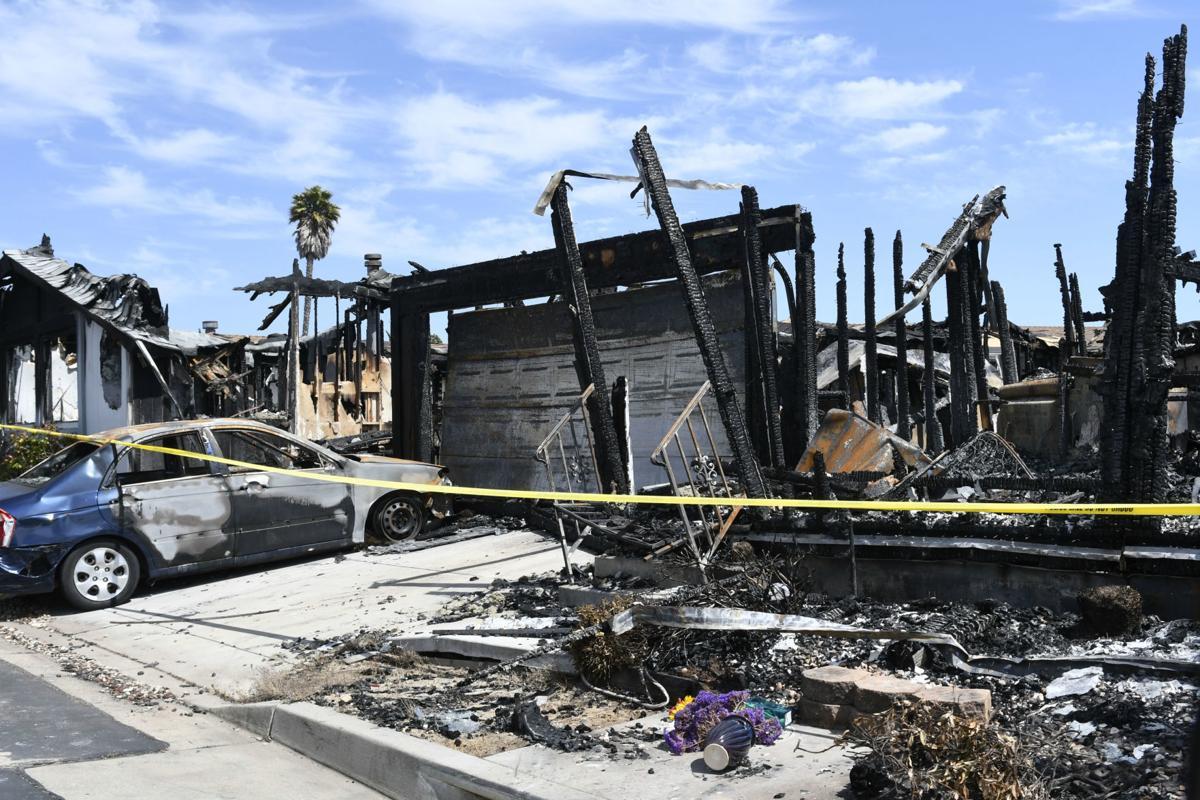 062419 Casa Grande burned homes 01.jpg