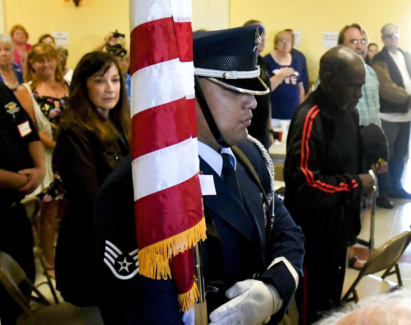 083116 Capps veterans 04.jpg