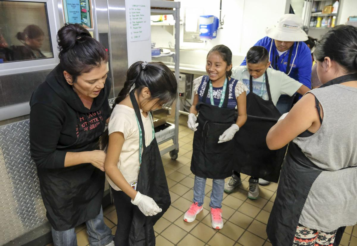 111817 Kids Cooking 02