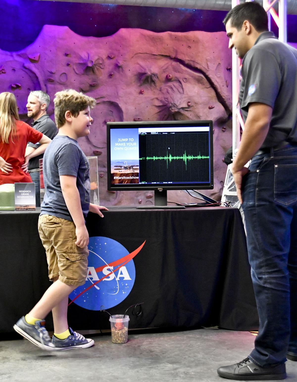 050218 Mars Discovery 02.jpg