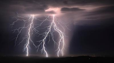 AP_lightning_081620_01.jpg
