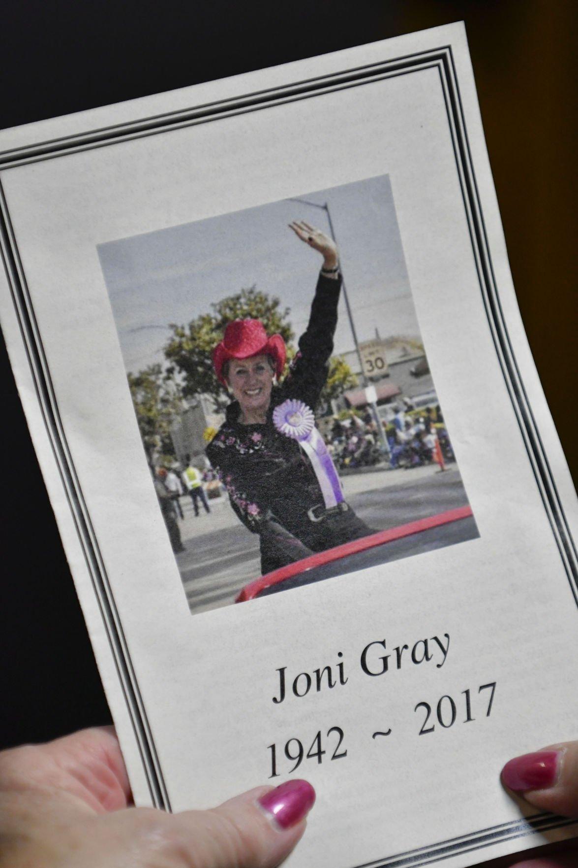 113017 Joni Gray memorial 08.jpg