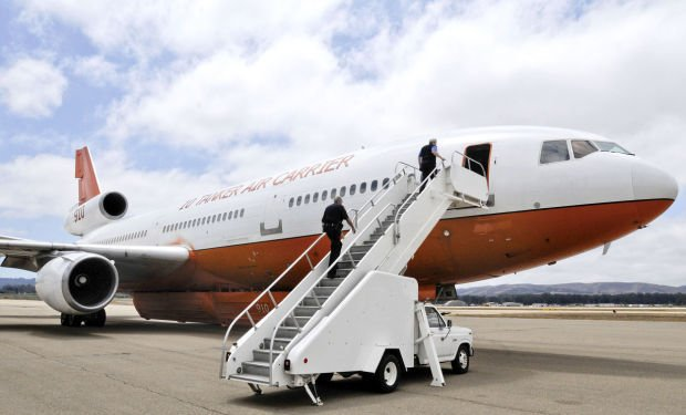 DC-10 air tanker fights Fresno fire from Santa Maria