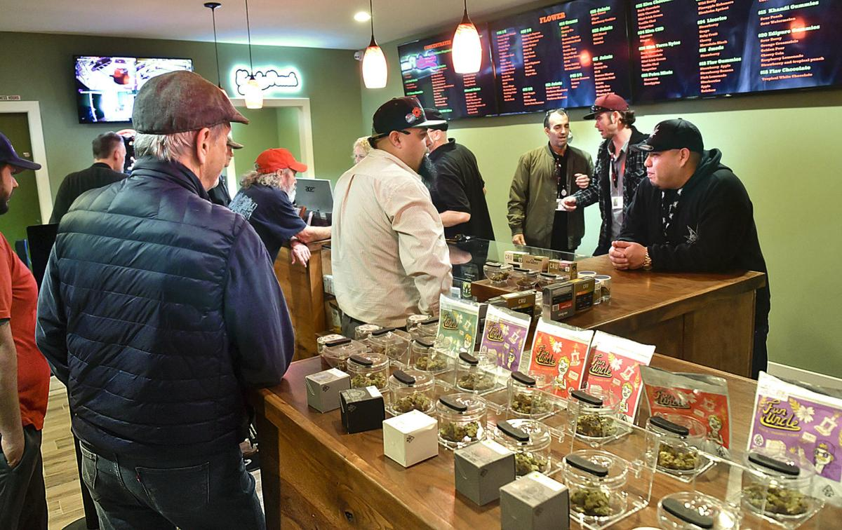 011819 Cannabis dispensary opens 01.jpg