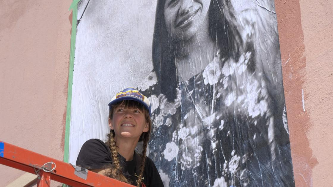 Old landmark gets new mural in Guadalupe