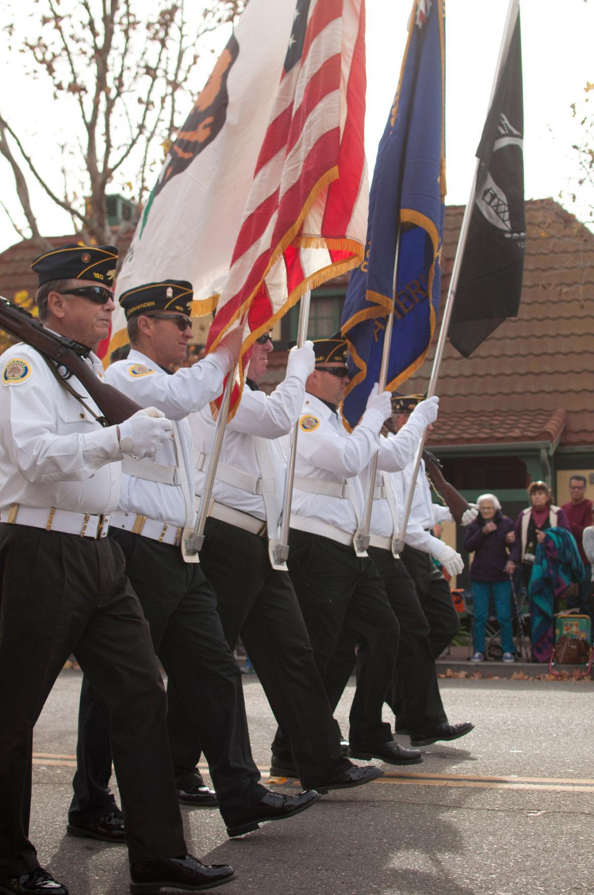 121015 Solvang Parade-1.jpg