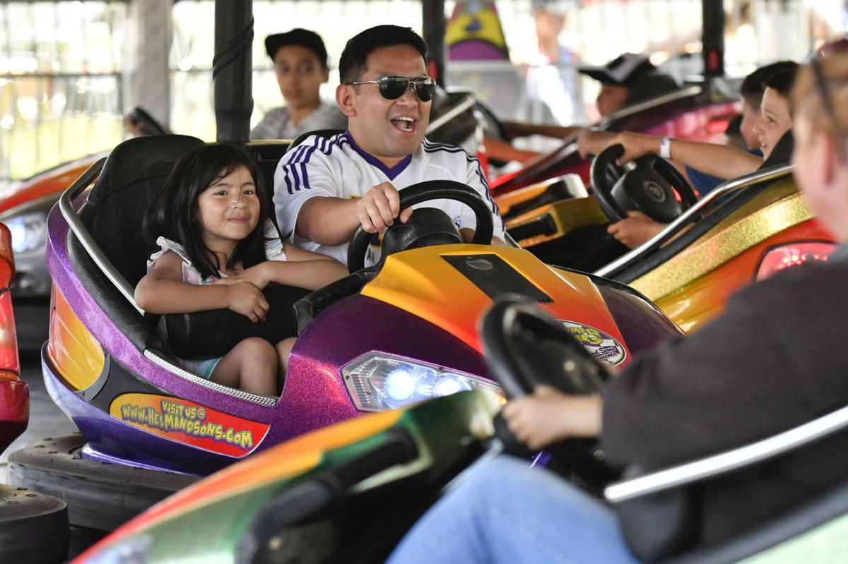 071018 County Fair opens 02.jpg