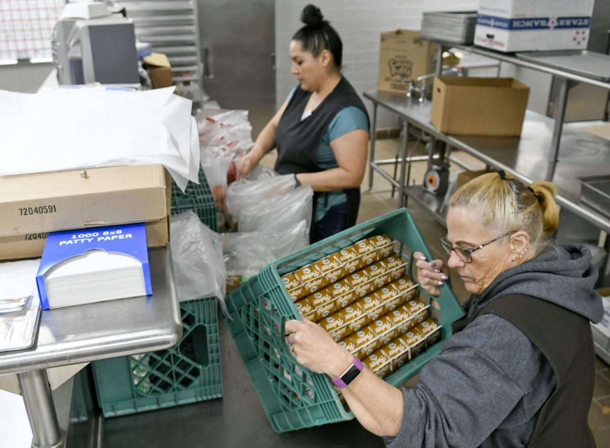 032020 Food distribution 01.jpg