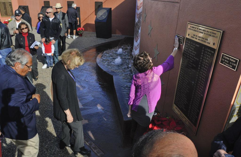 120914 Freedom Memorial 01.JPG