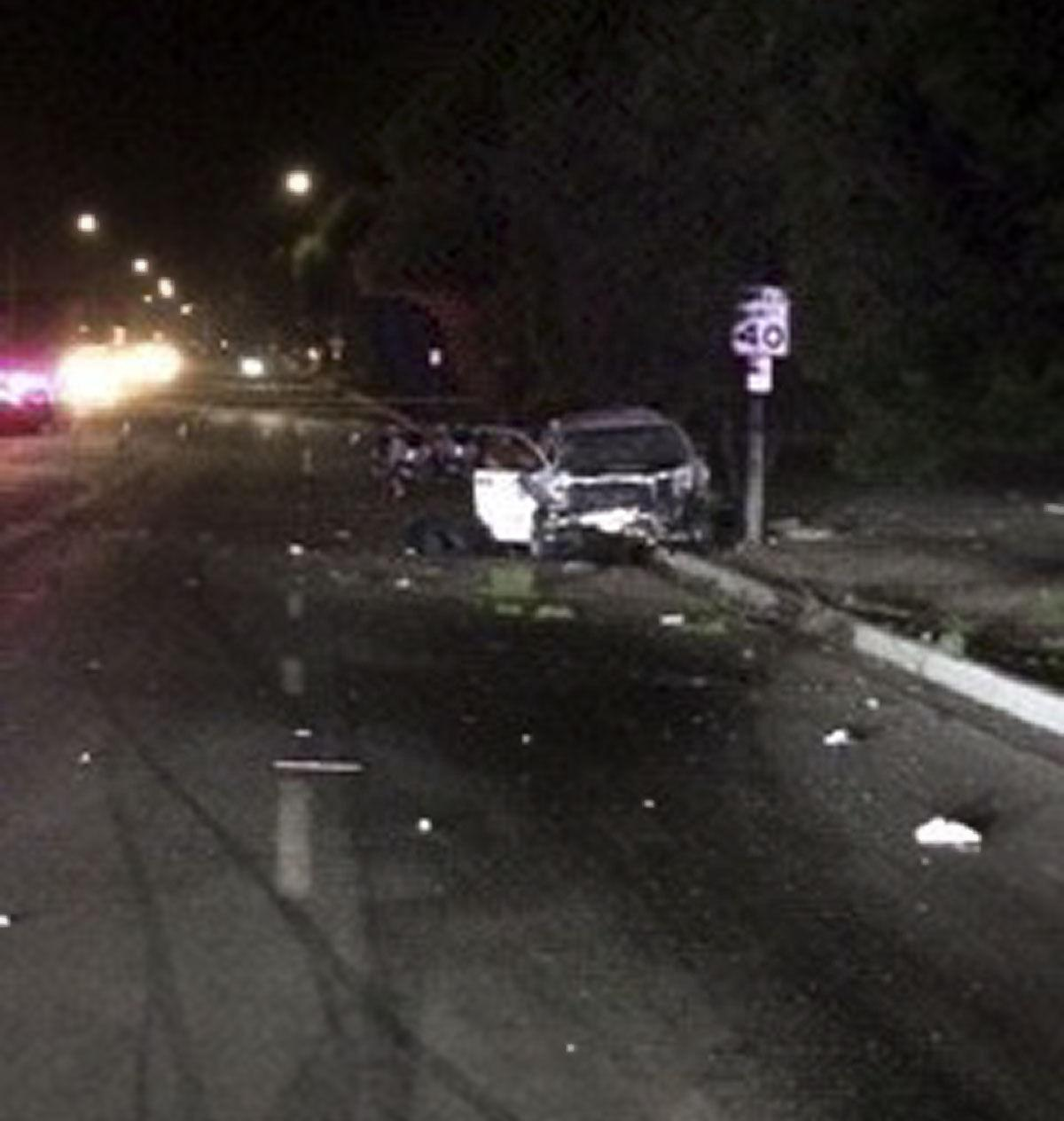 Three killed, 2 injured in crash Friday night at Stowell and Blosser