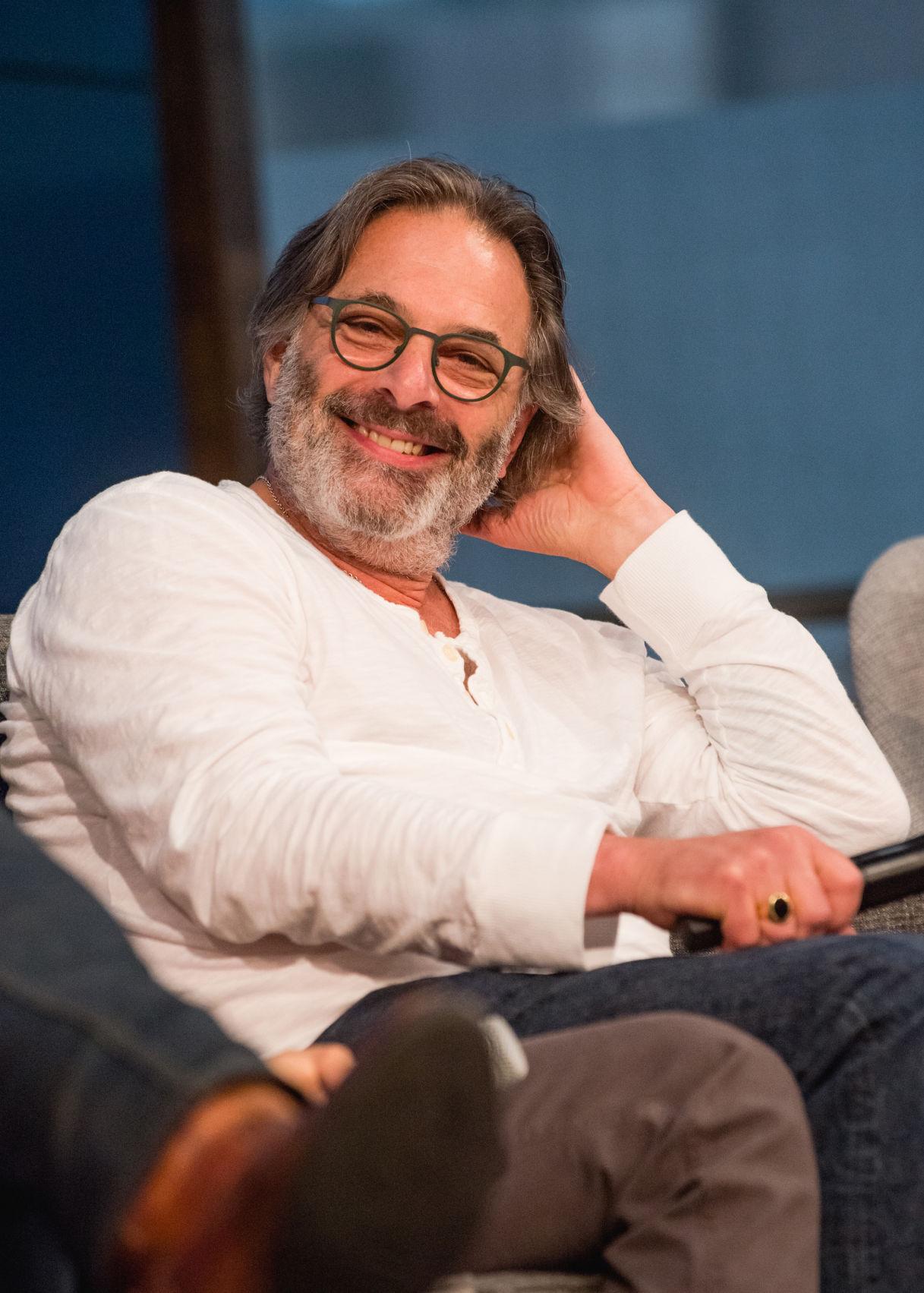 Amateur hookup pics men beards glasses
