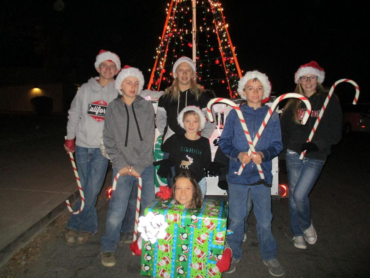 Cuyama 4-H club participates in town's first Christmas parade