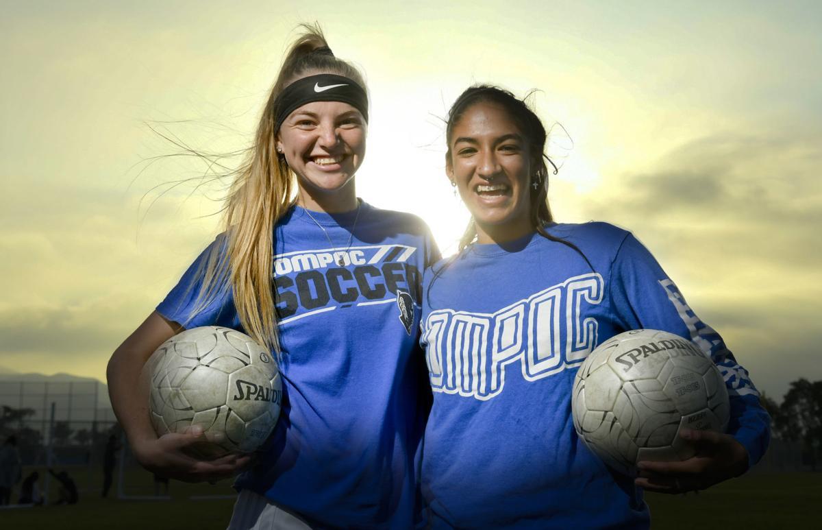 110819 Lompoc girls soccer preview.jpg