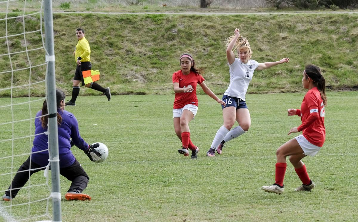 021318 Girls Soccer Hueneme at Orcutt 01.jpg