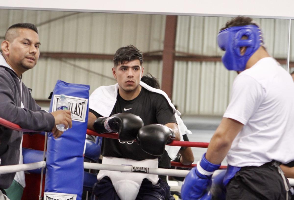 Karlos Balderas prepares for April 20 fight