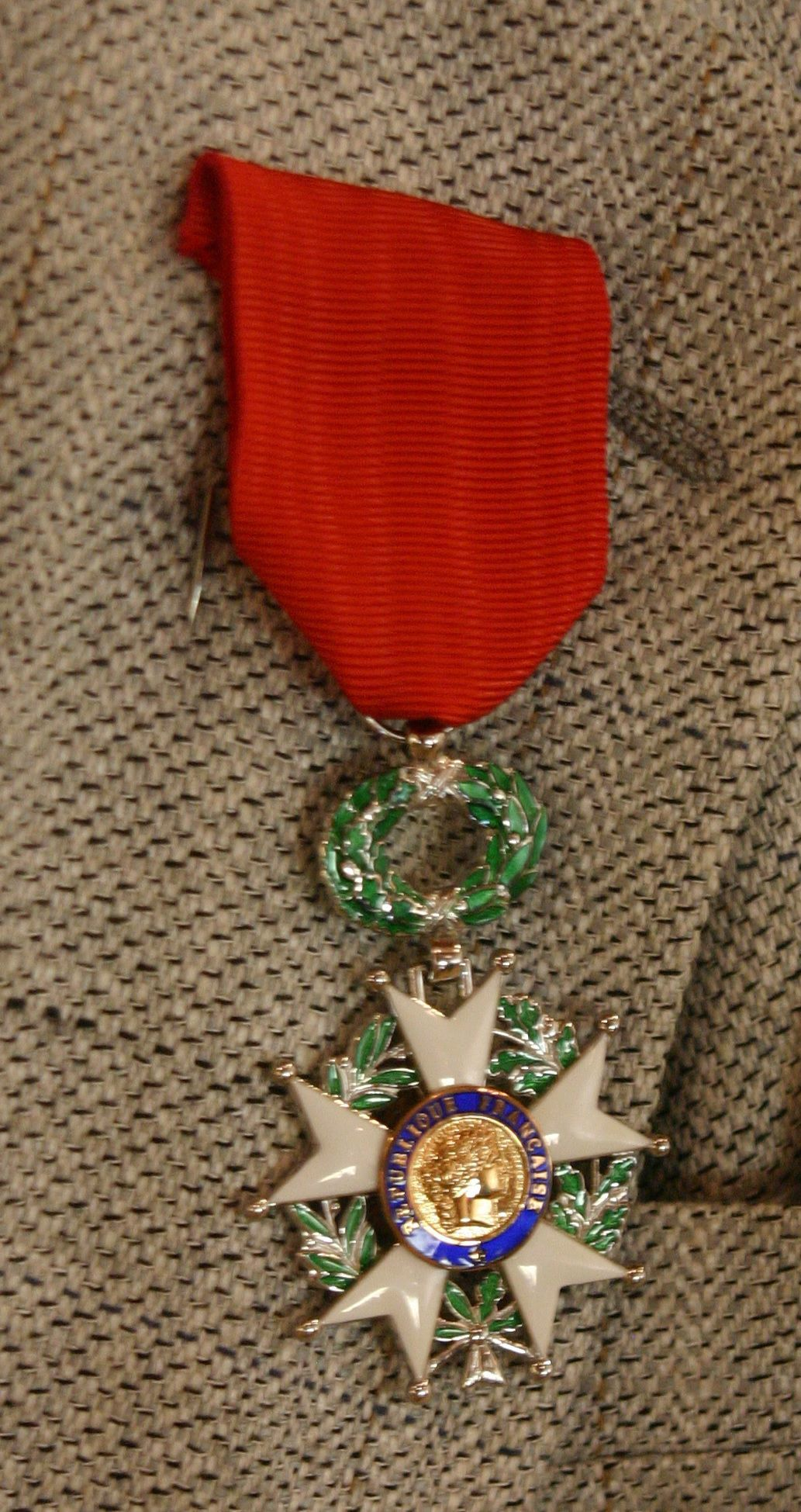 071818 Legion of Honor 02-the medal