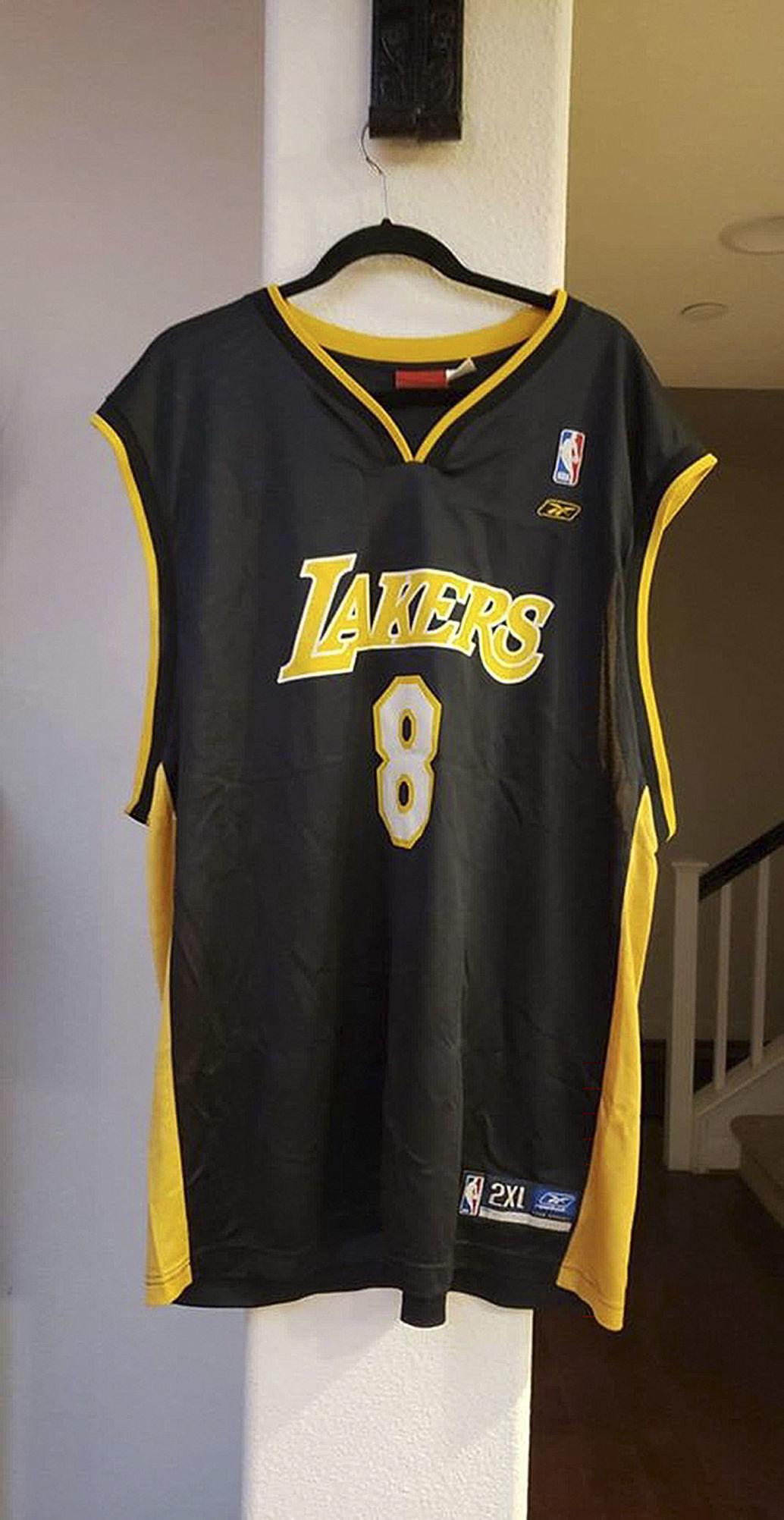 020620 Kobe jersey.jpg