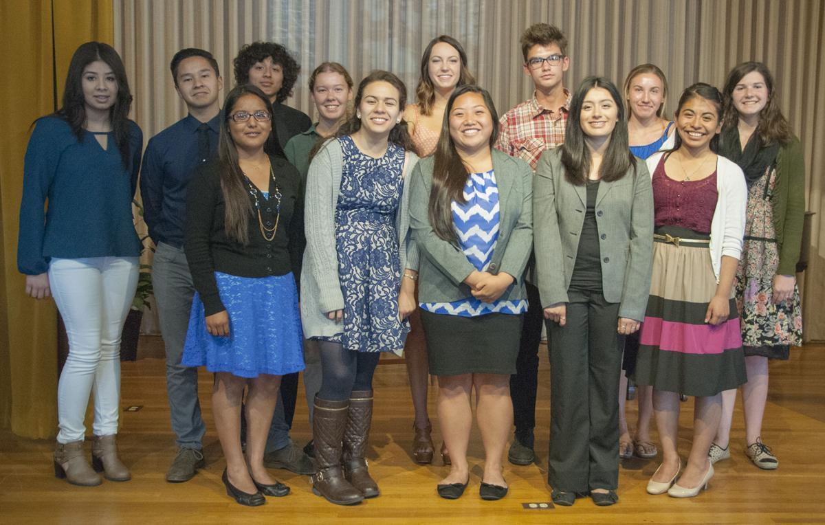 Minerva Club awards student scholarships - 1