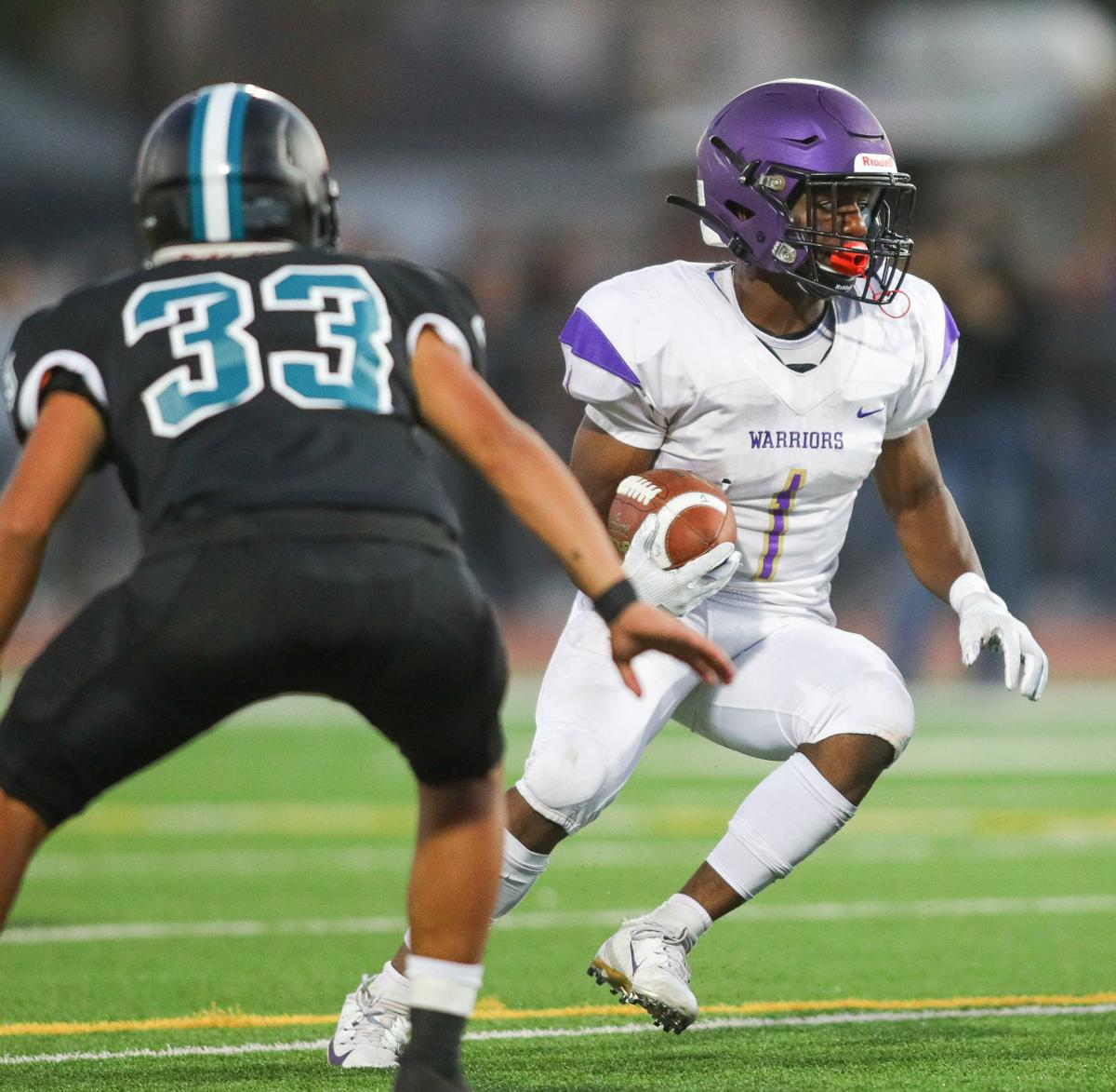 090619 FB Pioneer vs Righetti 07.jpg
