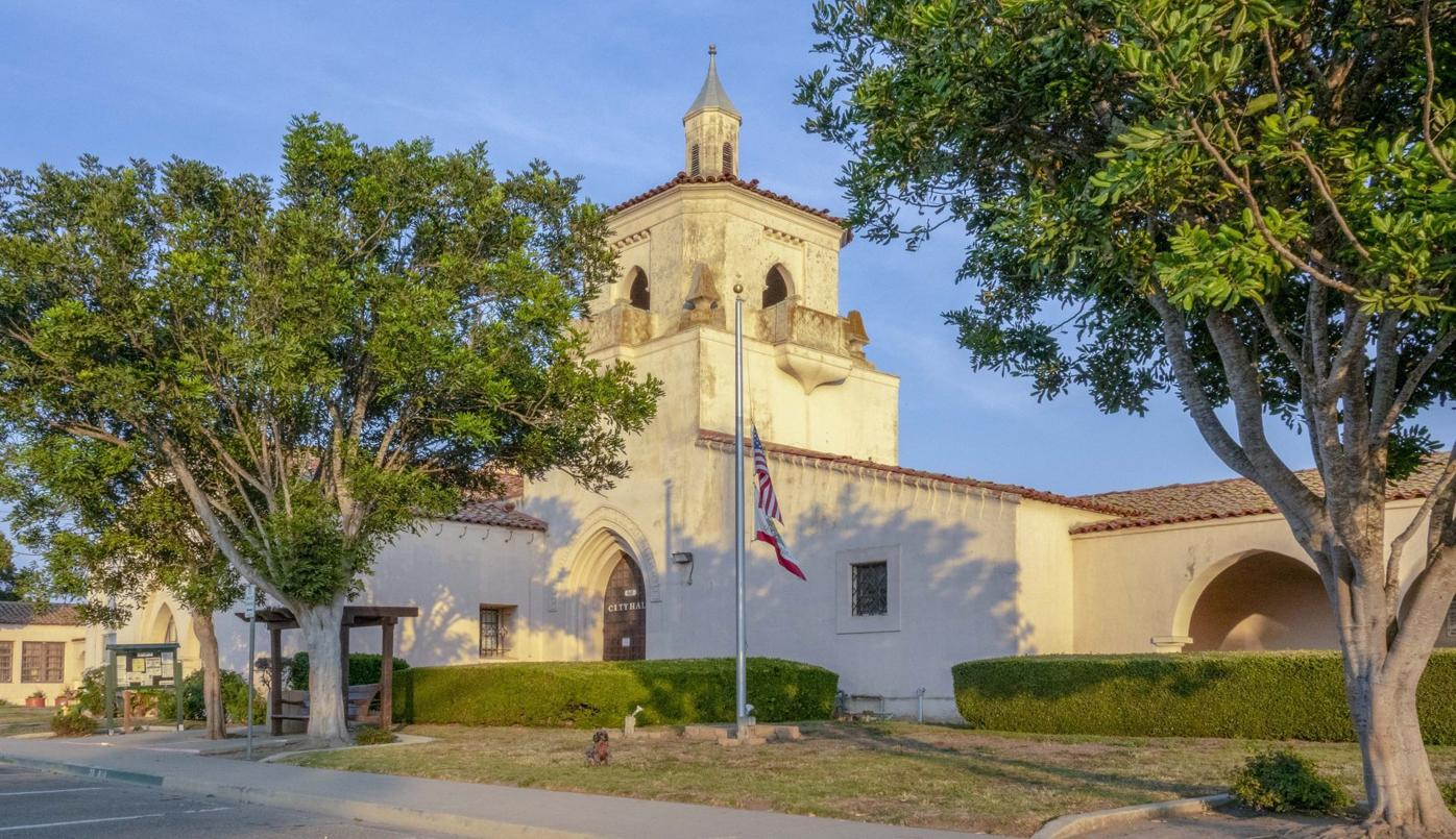Guadalupe City Hall.jpg