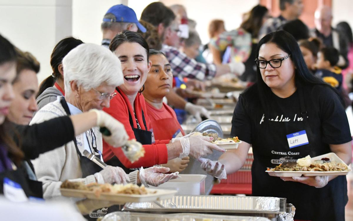 121818 Rescue Mission Christmas 03.jpg
