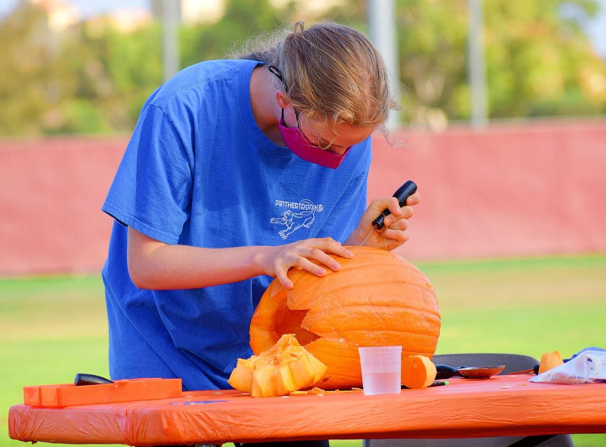 102820 Teen Pumpkin Carving 02