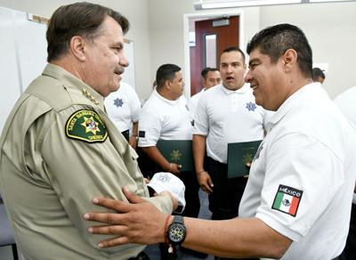 090419 Mexican law enforcement training 01.jpg (Spanish)