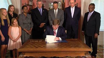 Reeves signs HB 1796