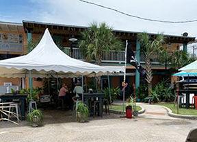 Parrot Head Bar & Grill