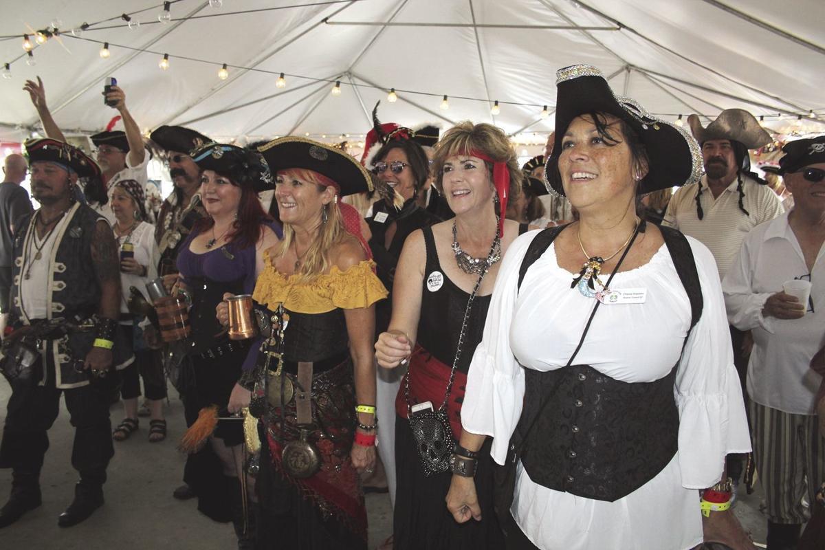 pirates cheer.tif