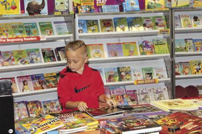 North Bay Elementary hosts Book Fair