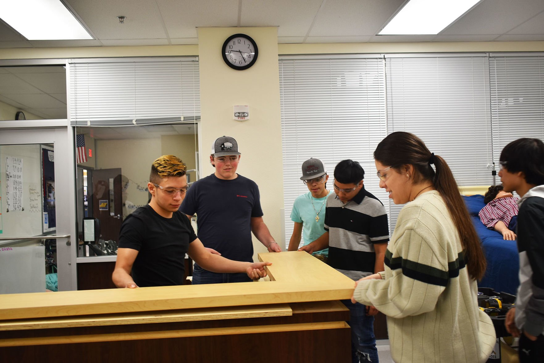Students learn to build beyond classroom