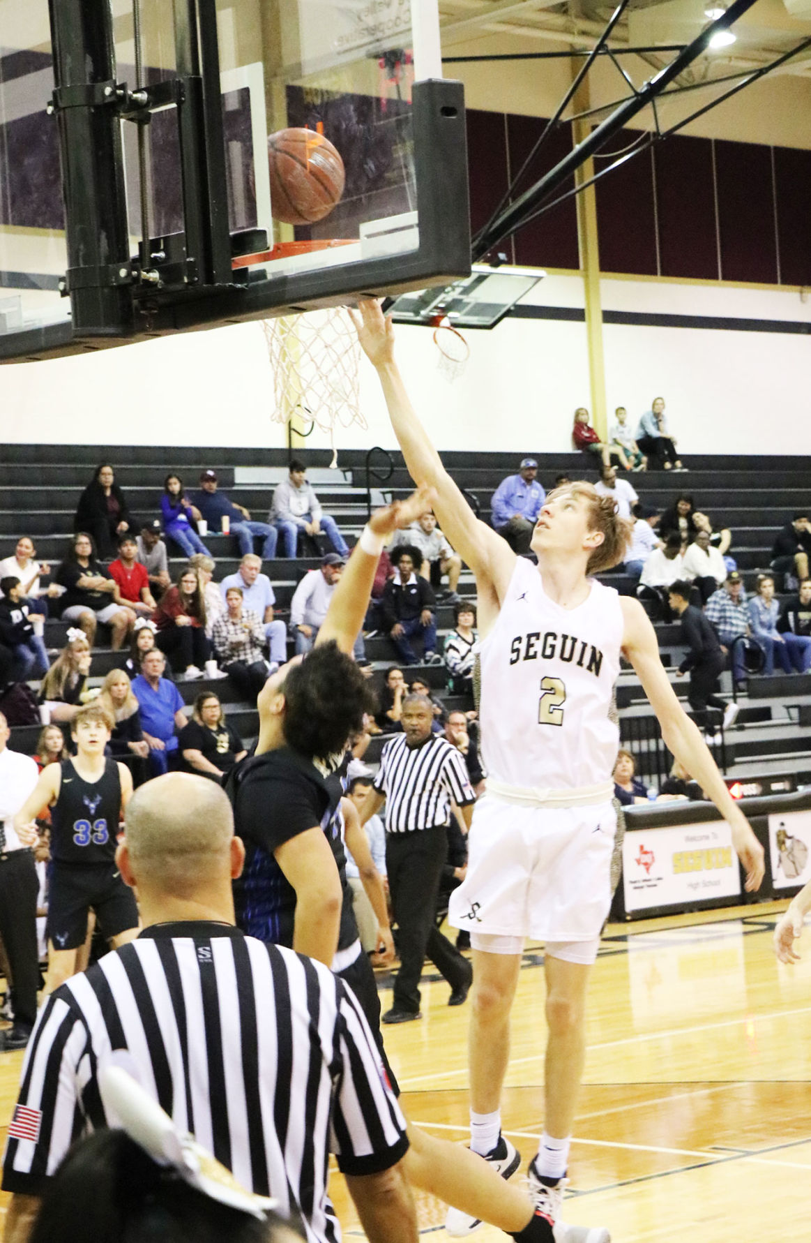 Seguin basketball