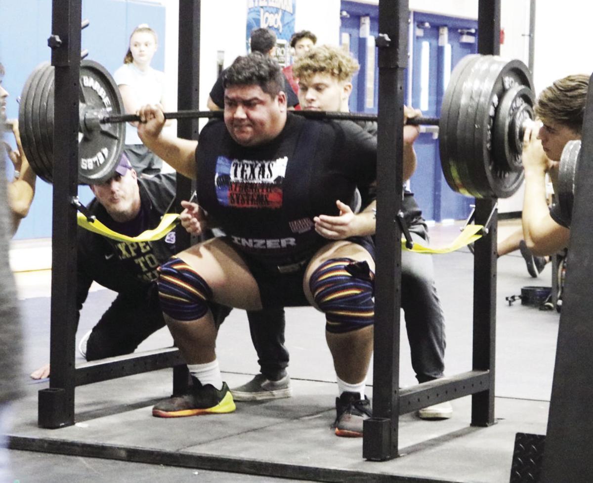Navarro powerlifting