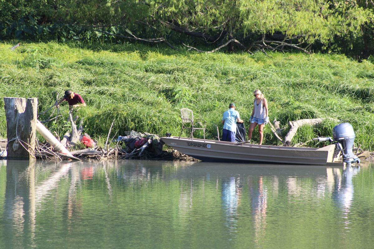 Lake Dunlap cleanup