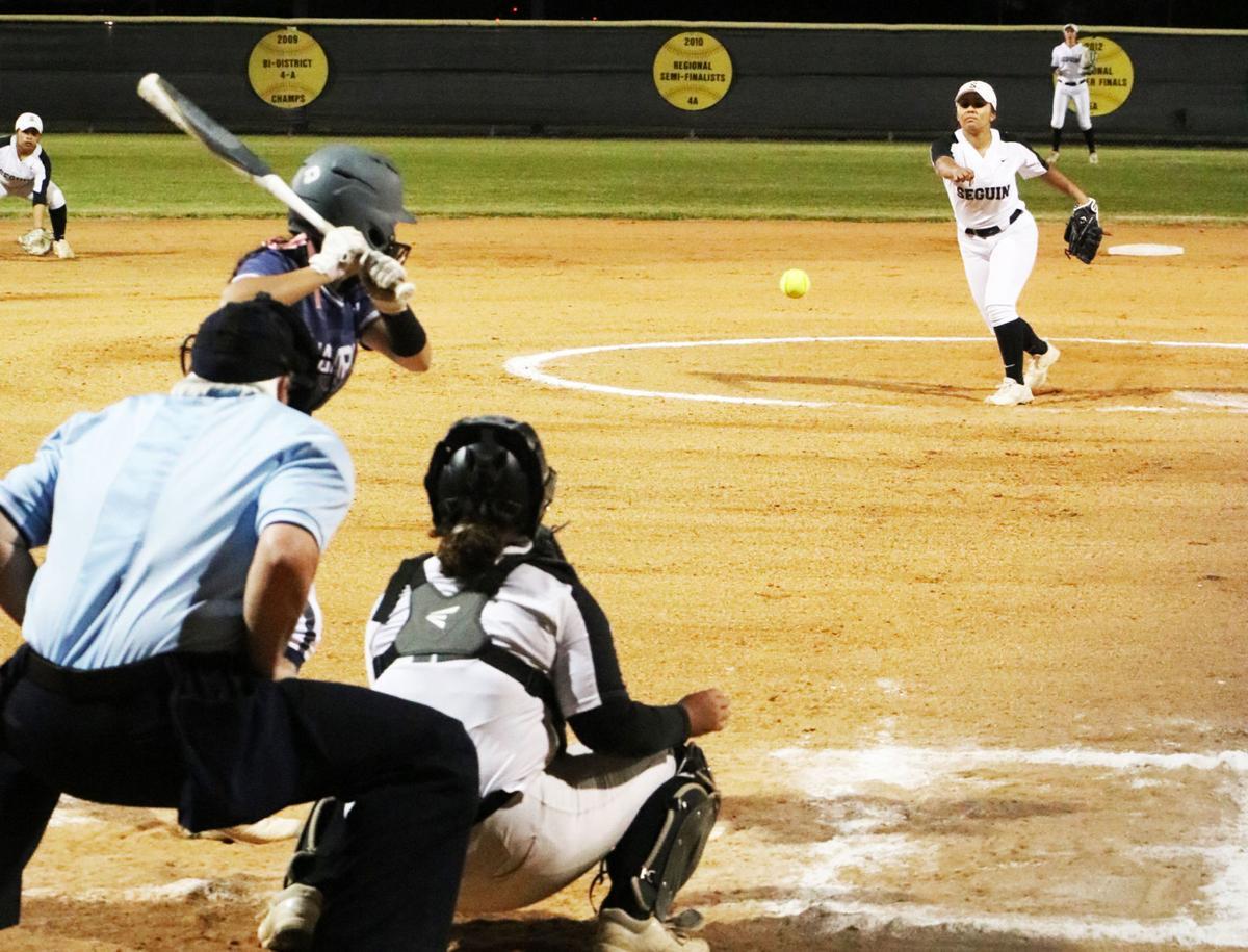 Seguin softball