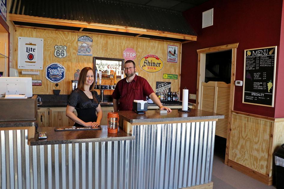 King Ranger Theater >> Movie theater opens new bar area - Seguin Gazette: News