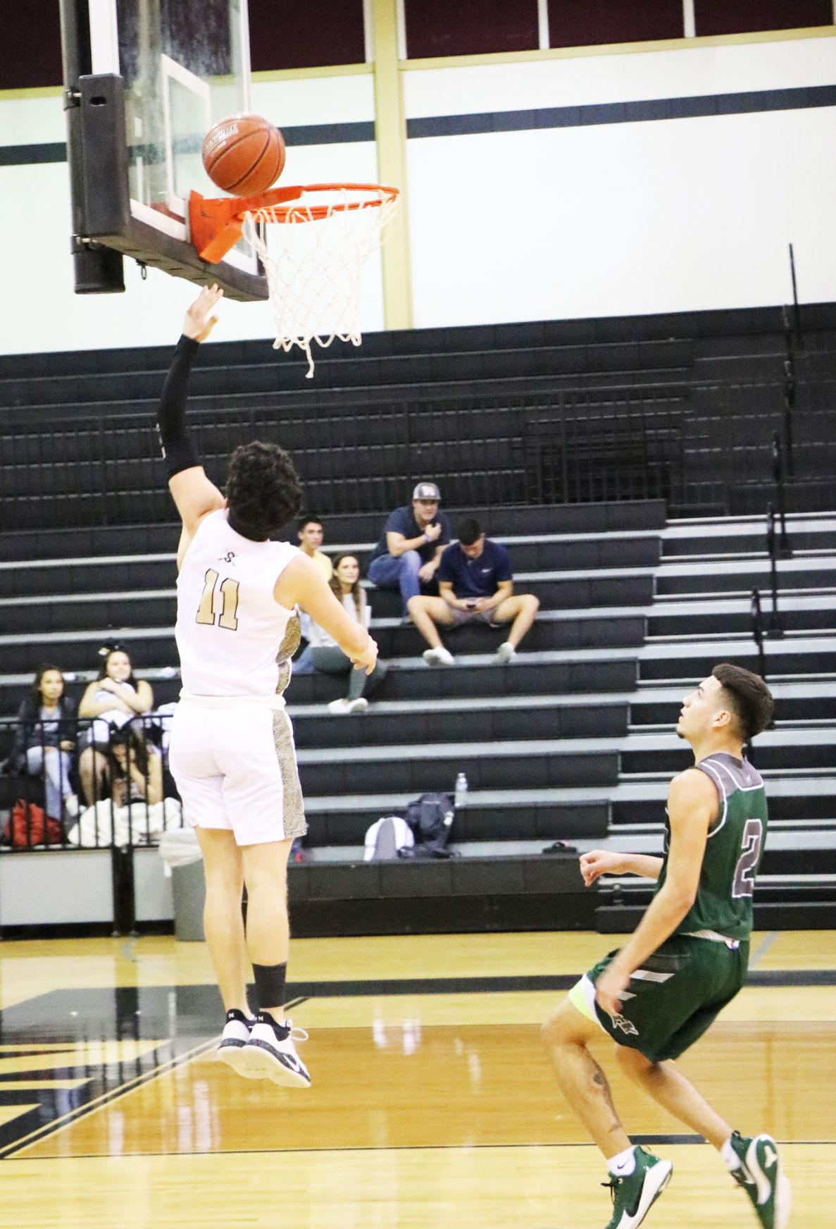 Seguin basketball