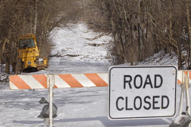 Buttonwood Park — with new problem — remains closed