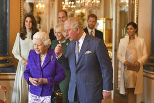 Queen agrees to let Harry, Meghan move part time to Canada
