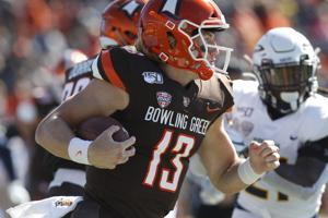 BG quarterback to transfer