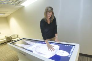 VIDEO: Cut and paste meets reality in new 3-D virtual dissection table at BGSU
