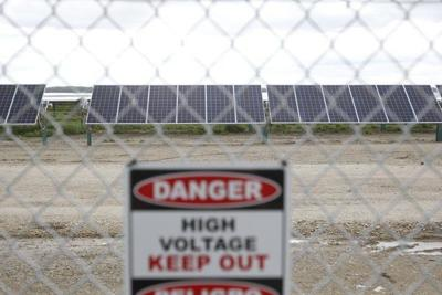 Bowling Green solar field touted during dedication