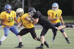 Perrysburg's Pendry shines in blowout: Gold team nabs 47-13 rout in all-star game