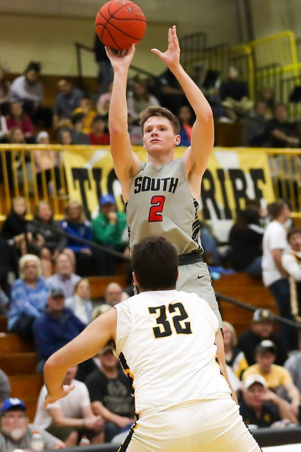DOWN TO THE WIRE: Cardinals fall in the final seconds to Clay County